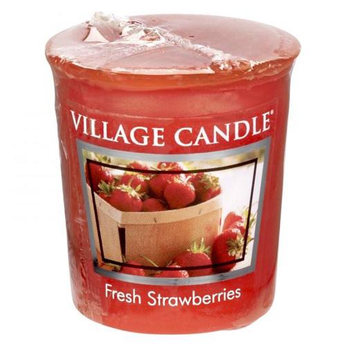 Vonná svíčka Village Candle Čerstvé jahody, 57 g